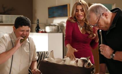Modern Family: Watch Season 5 Episode 22 Online