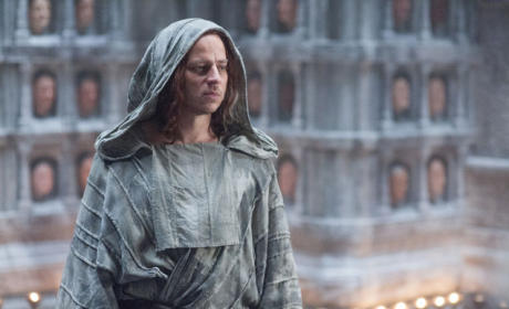 How Much Does Jaqen Know? - Game of Thrones Season 5 Episode 10