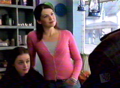 Watch Gilmore Girls Season 1 Episode 1 Online