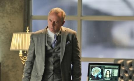 Being Human Season 3 Scoop: Xander Berkeley As...