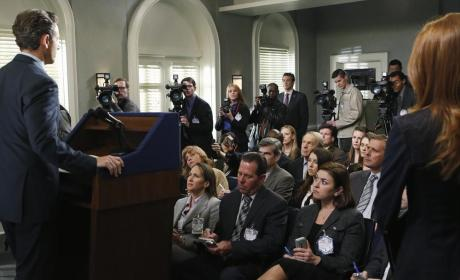 Fitz Addresses The Press - Scandal Season 4 Episode 11