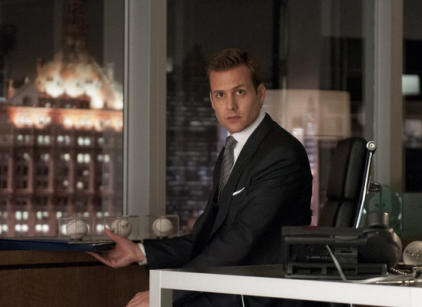 Watch Suits Season 2 Episode 1 Online