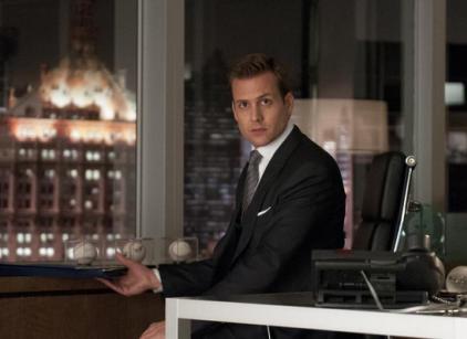 Watch Suits Season 2 Episode 1 Online