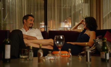 Purring Gigolo - Girlfriends' Guide to Divorce Season 1 Episode 6