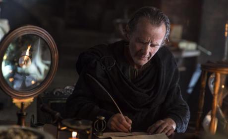Qyburn's Mysterious Work - Game of Thrones Season 5 Episode 3