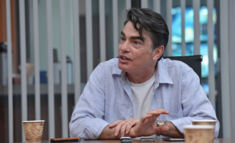 Covert Affairs Q&A: Peter Gallagher on 150 Shades of Gray, Arthur as a Father and Sanctioned Threats