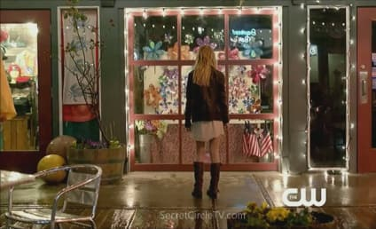 The Secret Circle Promo & Sneak Peeks: Watch Now!
