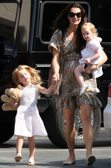 Brooke Shields and Daughers