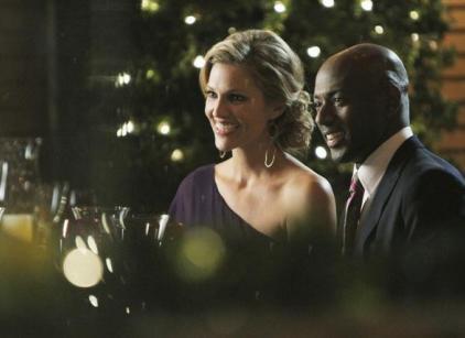Watch No Ordinary Family Season 1 Episode 17 Online