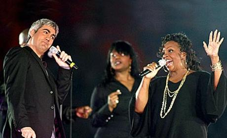 American Idol Picture of the Day: Taylor Hicks at the Orange Bowl