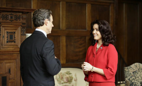 Mellie Saves Face - Scandal Season 5 Episode 1