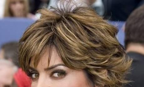 Lisa Rinna to Play Real Housewife on Community