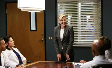 The Competition - Grey's Anatomy Season 12 Episode 1
