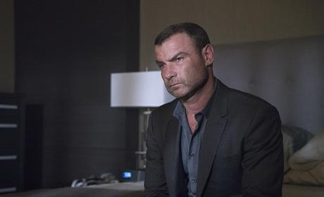 Ray Donovan Season 4 Episode 7 Review: Norman Saves the World