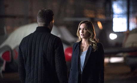 Saying Goodbye - Arrow Season 3 Episode 20