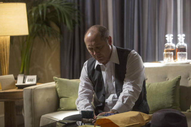 Red Looks in a Box - The Blacklist Season 2 Episode 1