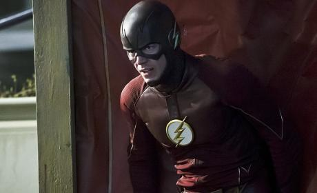 The Flash Season 2 Episode 19 Review: Back to Normal