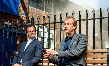 Elementary Season Premiere Pic: Rhys Ifans as Mycroft