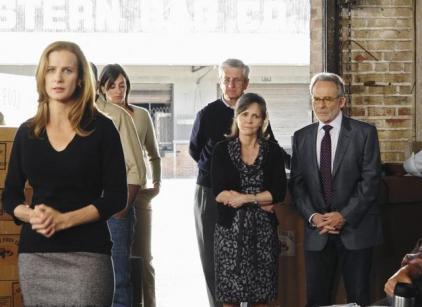 Watch Brothers & Sisters Season 4 Episode 23 Online