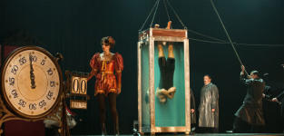 Houdini and the Chinese Water Torture Cell