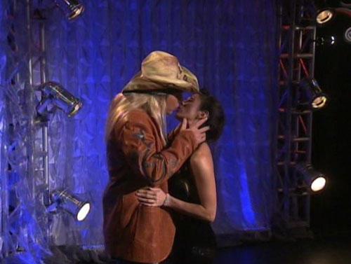 Bret michaels and taya still dating 10