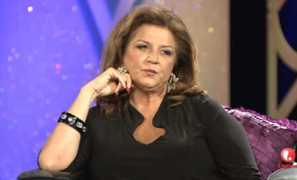 Watch Dance Moms Online: Season 5 Episode 32