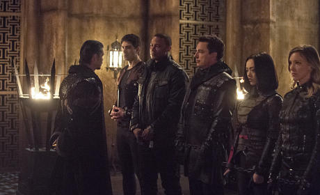 Rank and File - Arrow Season 3 Episode 22