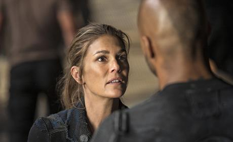 Abby Is Desperate - The 100 Season 3 Episode 4