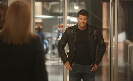 Booth Makes a Decision - Bones Season 10 Episode 22