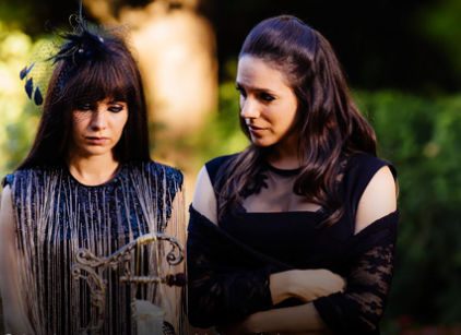Watch Lost Girl Season 4 Episode 12 Online