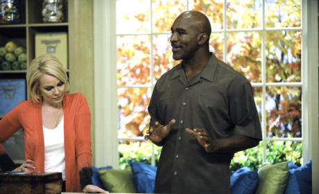 "Necessary Roughness Review: ""Baggage Claim"""