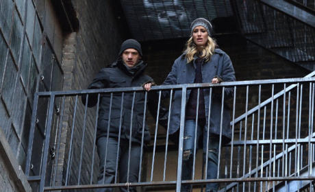 The Gunman's Trapped - The Strain Season 2 Episode 10