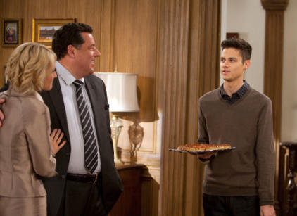 Watch The Secret Life of the American Teenager Season 5 Episode 21 Online