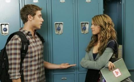 90210 Spoilers: Ethan, Annie... and Religion