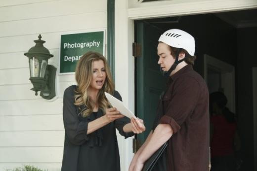 Sarah Chalke on Cougar Town