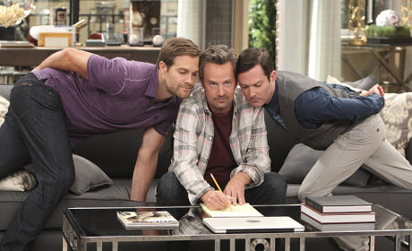 The Odd Couple Season 1 Episode 2 Review: The Ghostwriter