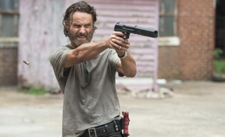 Rick Fires - The Walking Dead Season 5 Episode 7