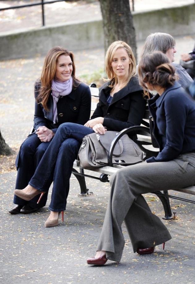 Kim, Lindsay, and Brooke on Set