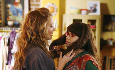 Amanda Up In Betty's Face