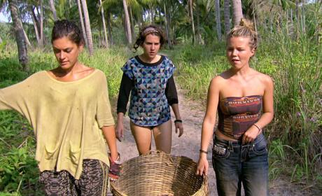 Watch Survivor Online: Season 32 Episode 10