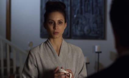 Pretty Little Liars: Watch Season 4 Episode 21 Online