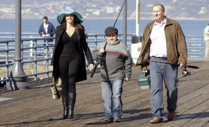 "Modern Family Review: ""Fears"""