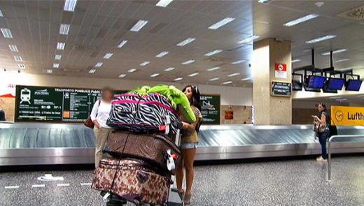 Snooki, Baggage