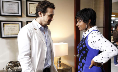 The Mindy Project Review: Doctor Doeverything