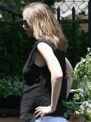 Side Baby Bump
