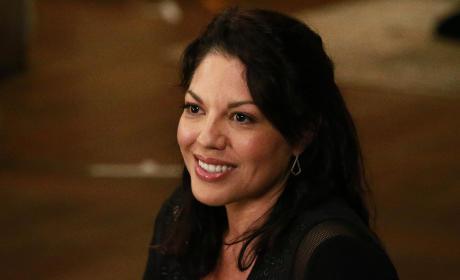 Happy Callie - Grey's Anatomy Season 12 Episode 3