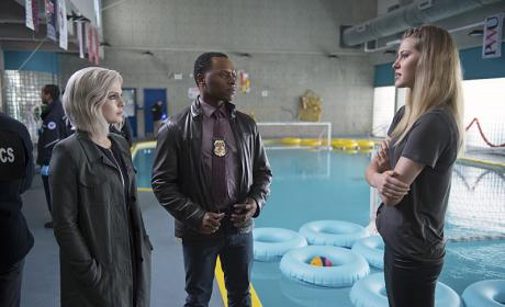 iZombie Photo Preview: Just How Much Did Drake Tell That Vice Cop?