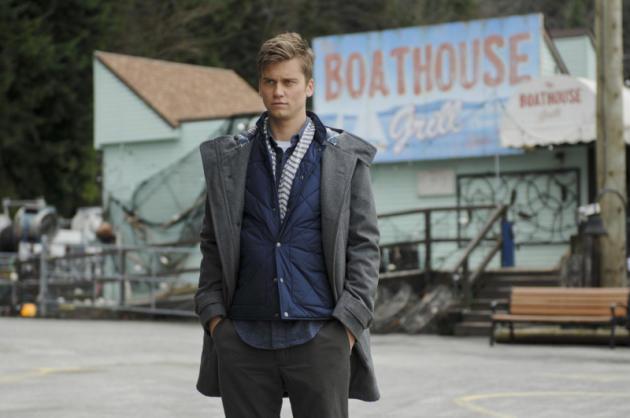 Tim Phillipps as Grant