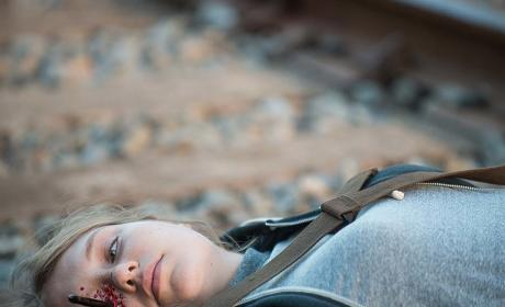Denise dies - The Walking Dead
