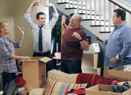 Watch Modern Family Season 3 Episode 8 Online
